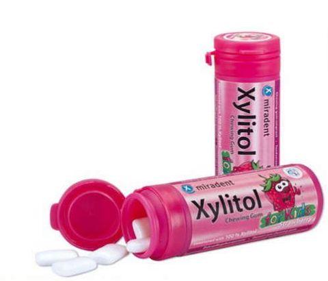 Xylitol guma do żucia smak truskawkowy x 30 sztuk